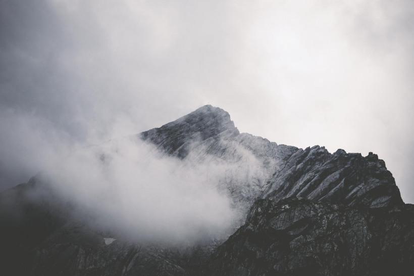 Wolken zogen immer wieder vorm dem Gipfel vorbei