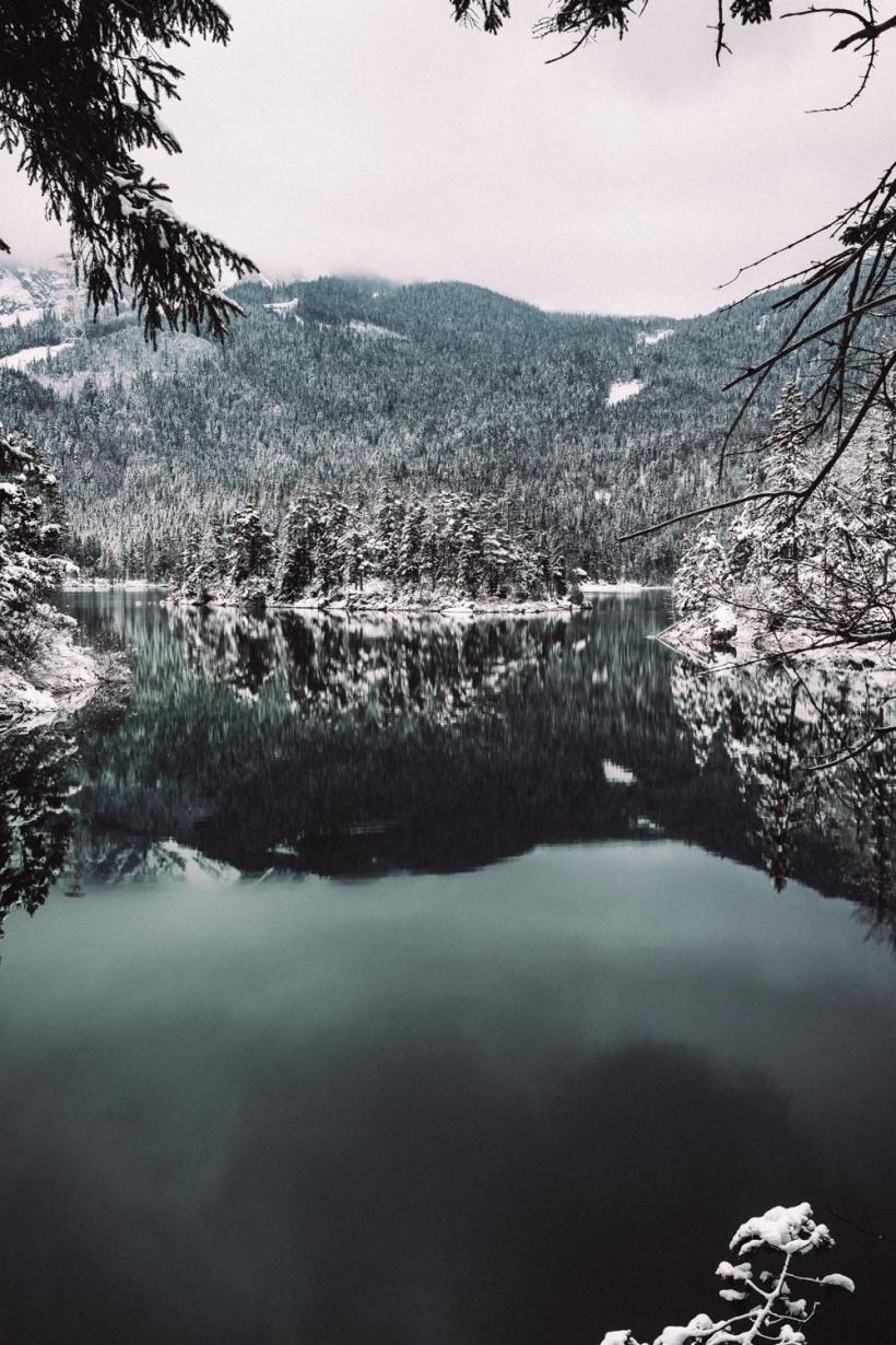 Unterwegs-am-Eibsee-im-Winter-8