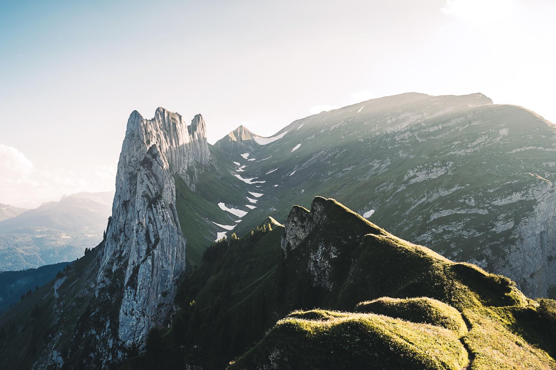 Im Juli geht es in die Schweiz und das Appenzeller Land, genauer gesagt an den Alpstein. Nach einer anstehenden Wanderung war dieser Sonnenuntergang an der Saxer Lücke der perfekte Abschluss.